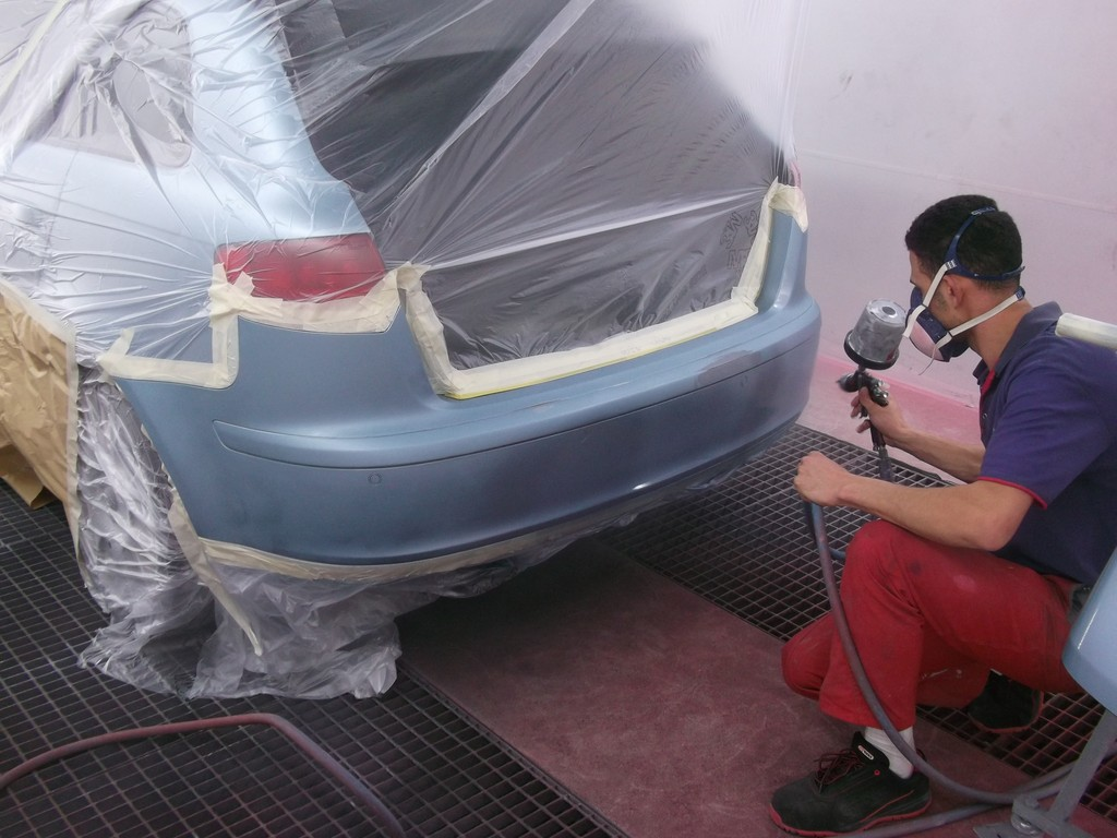 comment peindre une voiture. Black Bedroom Furniture Sets. Home Design Ideas